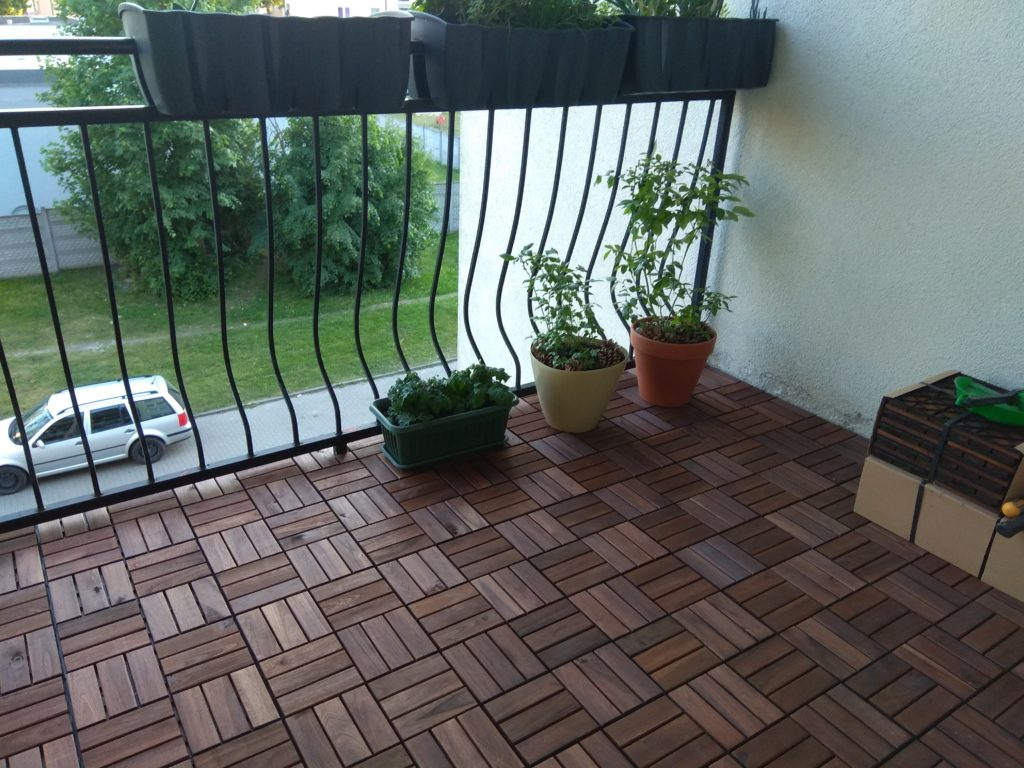 Jak Odnowić Podłogę Na Balkonie Lub Tarasie Ikea Runnen